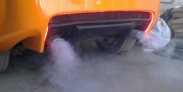 Раскоксовка двигателя дым