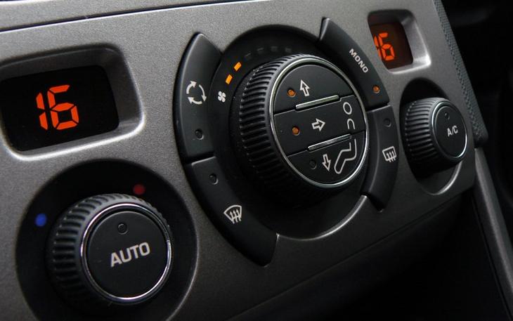 Что делать если запотевают стекла изнутри машины: инструкции, советы, причины по которым потеют стекла