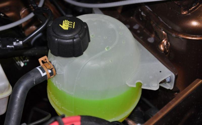 Почему необходимо реагировать на лампочку охлаждающей жидкости