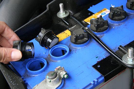 Неисправен аккумулятор автомобиля