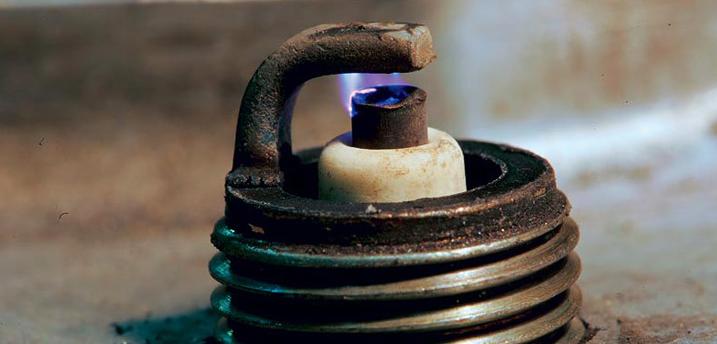 Как отрегулировать зазор свечи зажигания