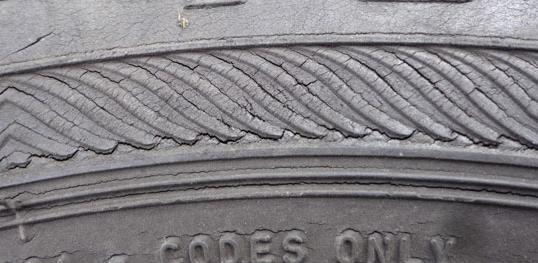 Трещины шин