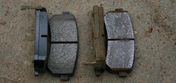 Как определить износ тормозных колодок