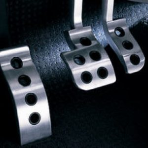 provalivaetsya pedal posle zameni kolodok