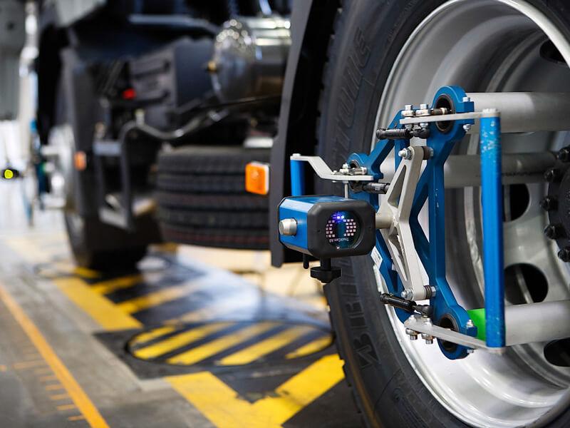 Сход-развал колес автомобиля
