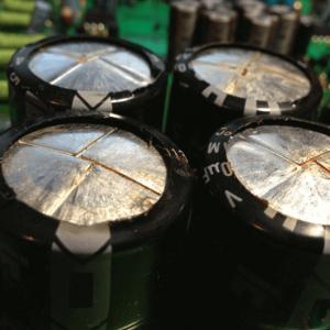 kondensator pioneer